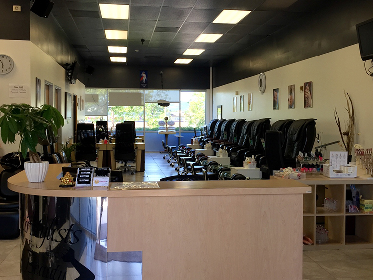 Nail salon 97006 | Hair salon 97006 | XO Beauty Bar